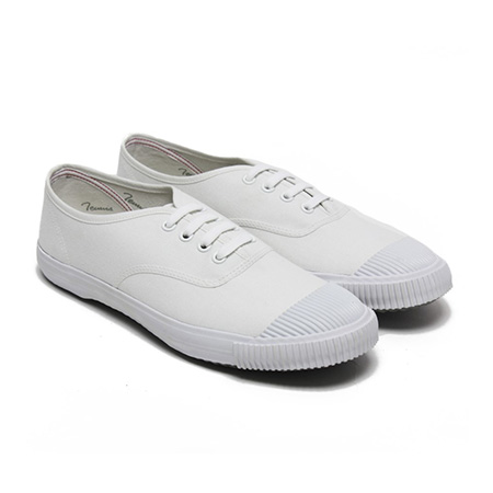 [缺貨]BATA TENNIS VINTAGE SHOES IN ALL WHITE