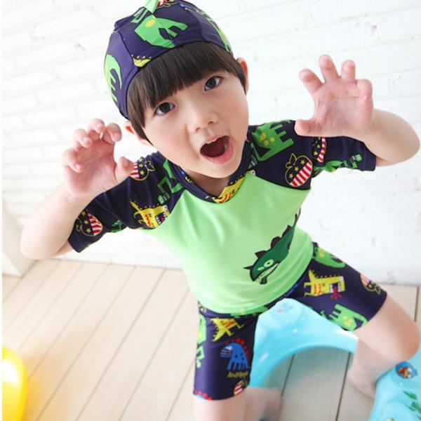 男童恐龍兩件式泳衣(泳帽+泳衣+泳褲 三件式)