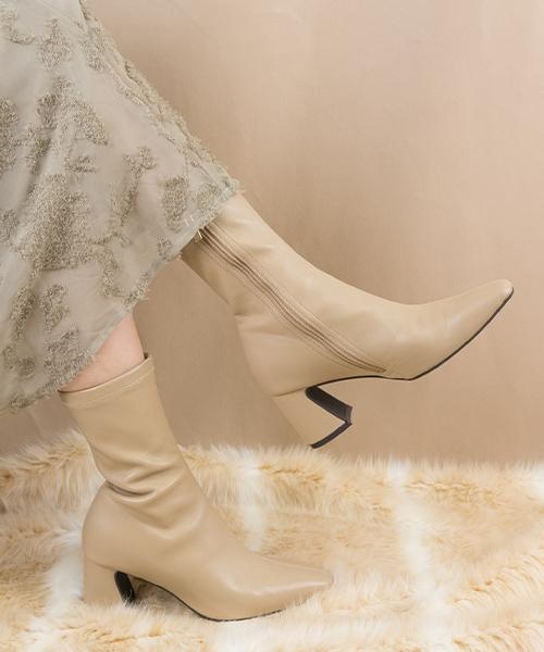 美型柔軟舒適方頭中筒粗跟靴/EA9578