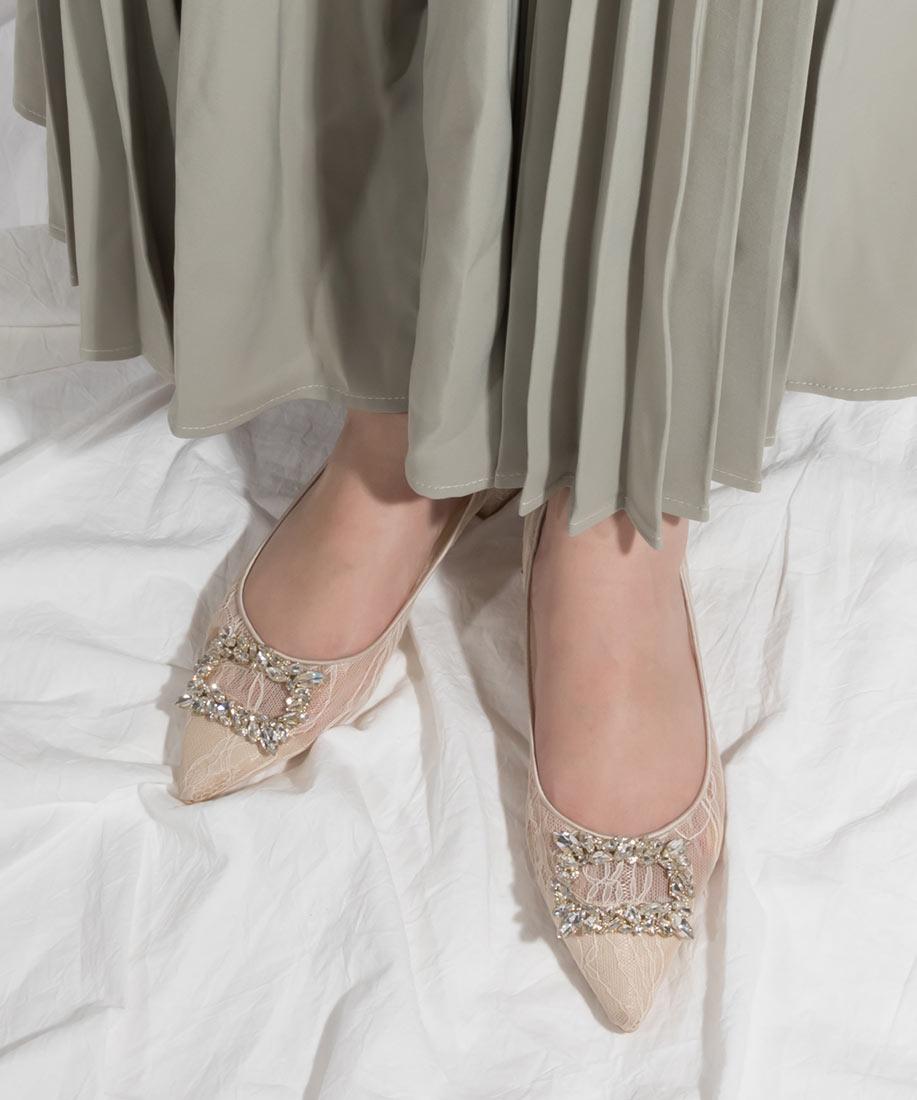 柔軟蕾絲方釦鑽飾尖頭低跟鞋/MP10032