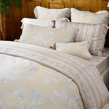 義大利La Belle 雙人天絲防蹣抗菌吸濕排汗兩用被床包組-金柏恩寵