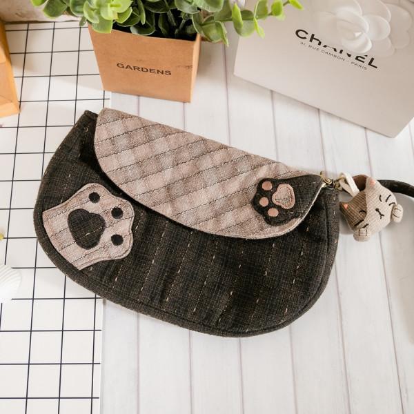 Kiro貓 先染布 磁扣翻蓋 雜物收納包/化妝包/手拿包【270070】