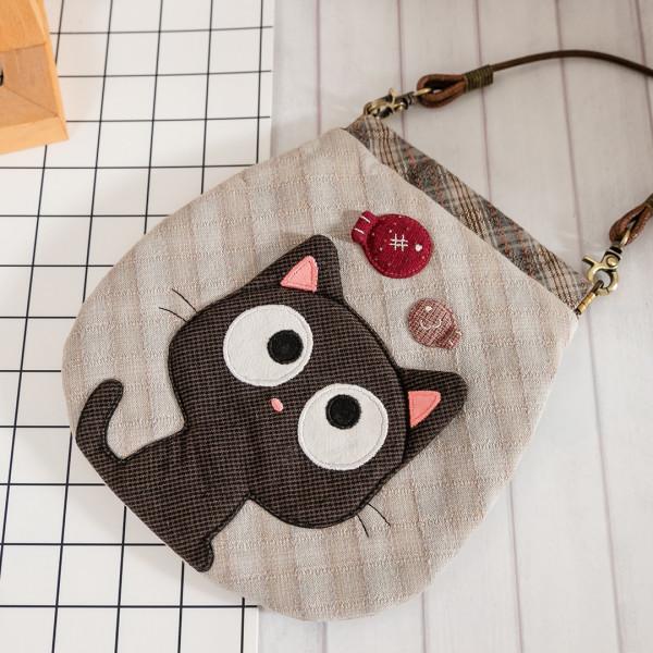 小黑貓與小魚 先染布 彈片口金 拼布 小斜背/手機包【270079】