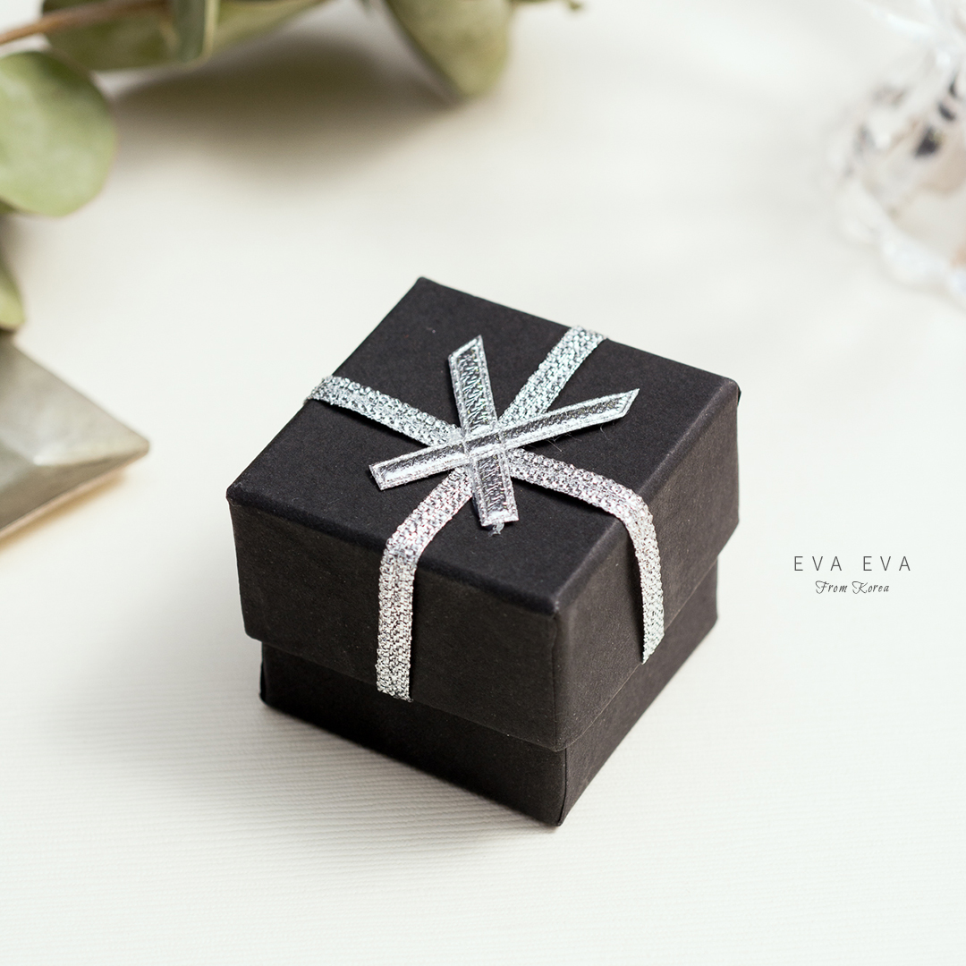 禮物盒-銀蔥蝴蝶結黑盒