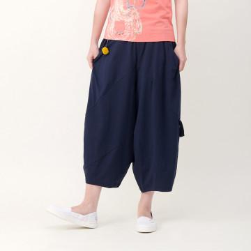 a la sha  斜剪接造型低襠褲