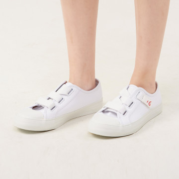a la sha  動物繡花黏帶式布鞋