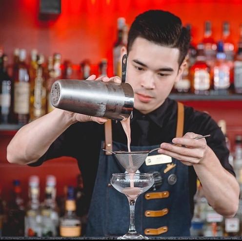 <p>向為永續環保付出心力的人致敬!馬可波羅酒廊調酒師 Kevin Luo 秉持初衷,前往荷蘭挑戰世界冠軍賽</p>