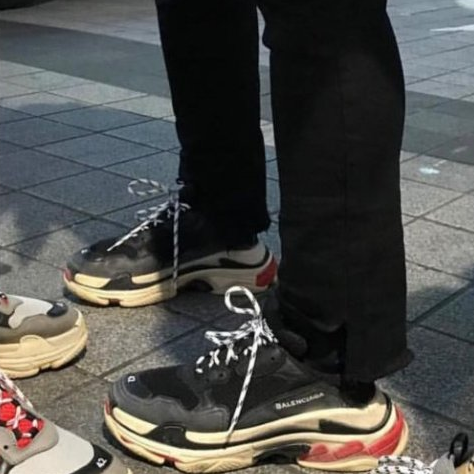 <p>「老爸鞋」風潮興起,你怎麼看?</p>