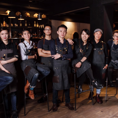 <p>亞洲 50 大酒吧第 2 名!Indulge Experimental Bistro 團隊躍上國際舞台為台灣發聲</p>