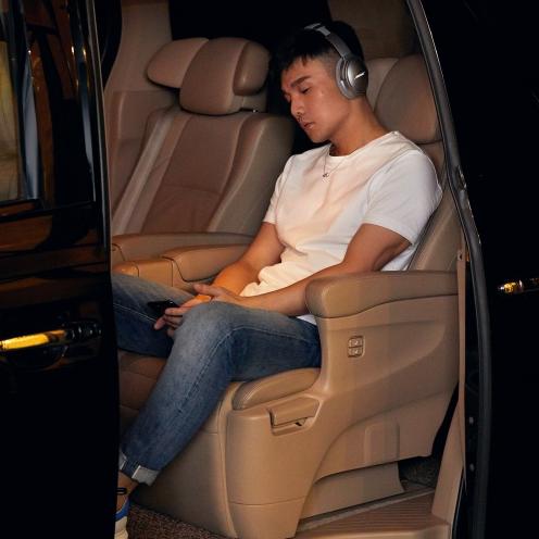 傳遞最真實的聲音!直擊李榮浩「享受音樂」最愛用的耳機品牌