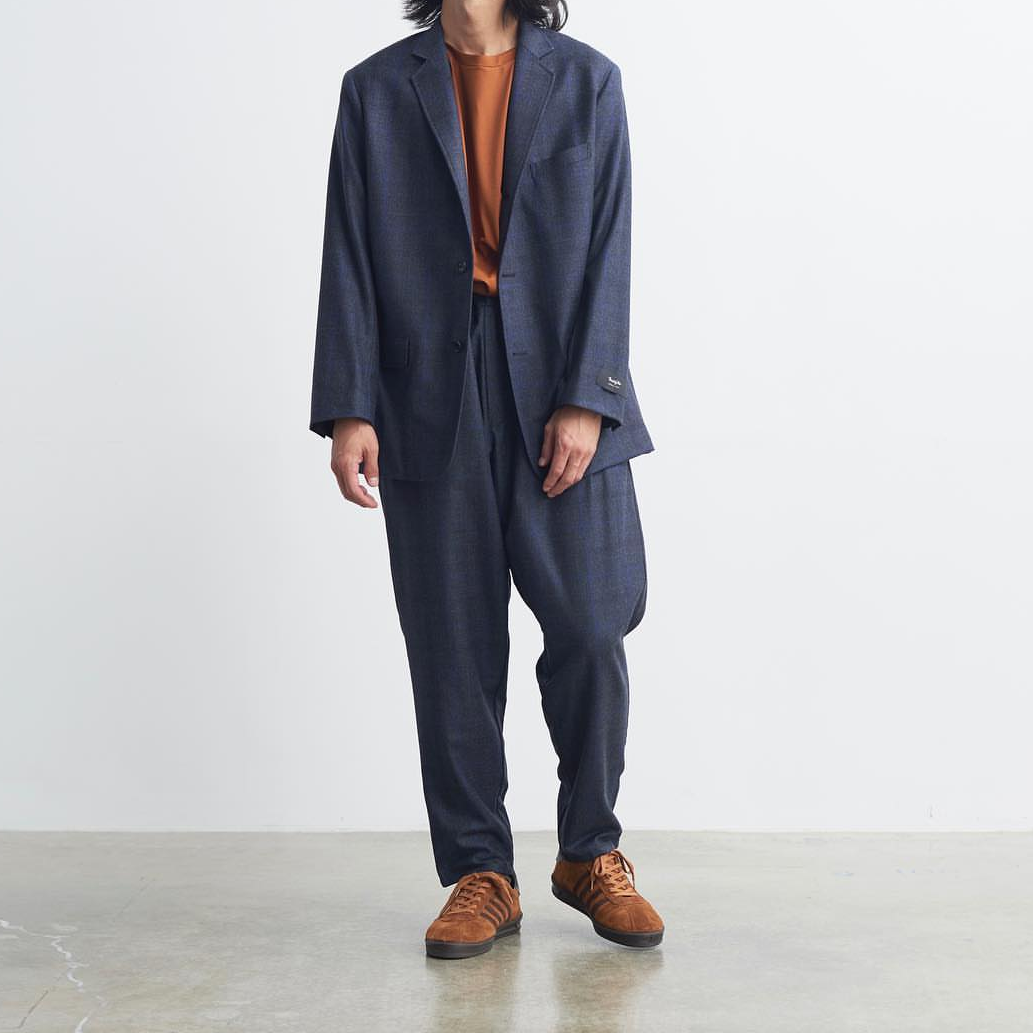 <p>當日系設計融入復古跑鞋!看日本品牌如何以極簡重新詮釋經典魅力</p>