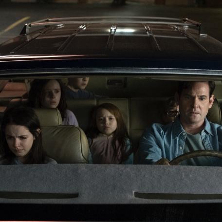 <p>「家」才是最可怕的地方!Netflix 原創恐怖影集《鬼入侵》釋出首波劇照</p>