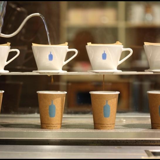 <p>試營運只賣罐裝咖啡與禮品!Blue Bottle Coffee 藍瓶咖啡來台開設期間限定店</p>