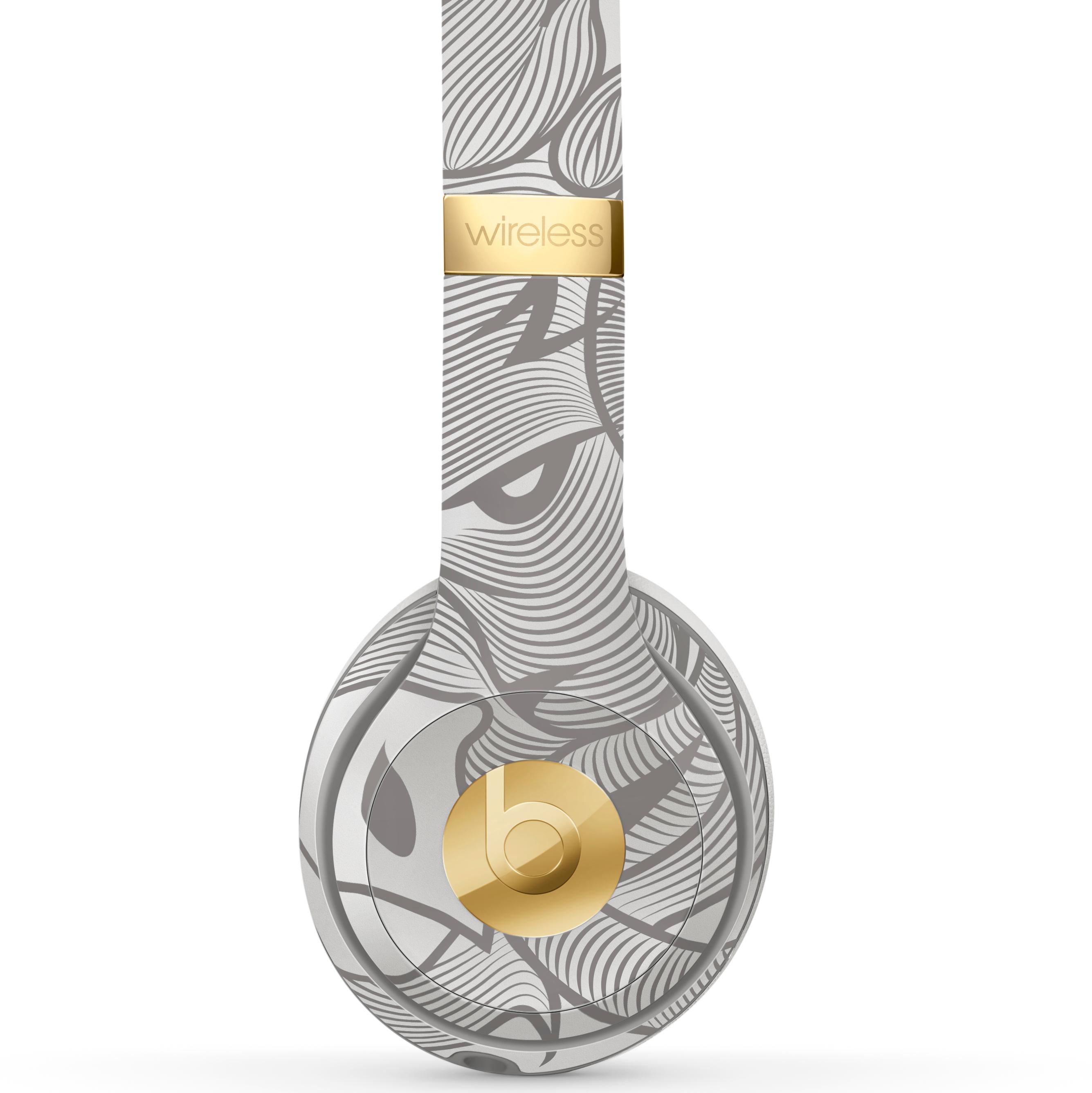 買個新耳機過年 Beats野豬插畫銀灰耳機夠搶眼