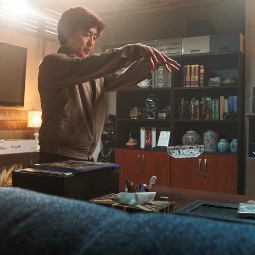 《屍速列車》導演全新力作!黑色喜劇強片《念力》即將於 Netflix 全球首映
