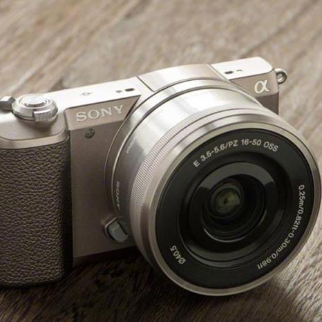 重量僅224克!Sony推出全球最輕迷你數位單眼相機α5100