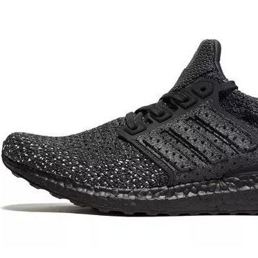 <p>UltraBOOST Clima「Triple Black」黑魂登場!</p>