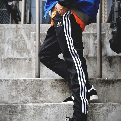 <p>運動褲重返潮流,日本街頭男生都這樣穿的混搭風格</p>