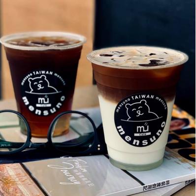 「mens uno Cafe 鏡茶」西門武昌店盛大開幕,為你獻上一杯時尚味蕾飲品!