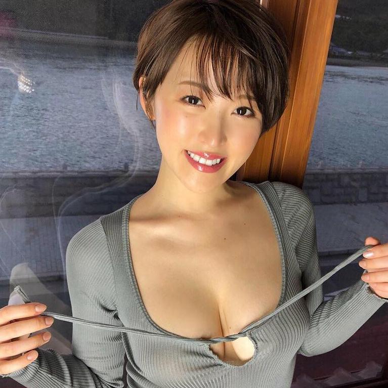 日本youtuber身材都這麼好?G Cup忍野沙羅你要看!
