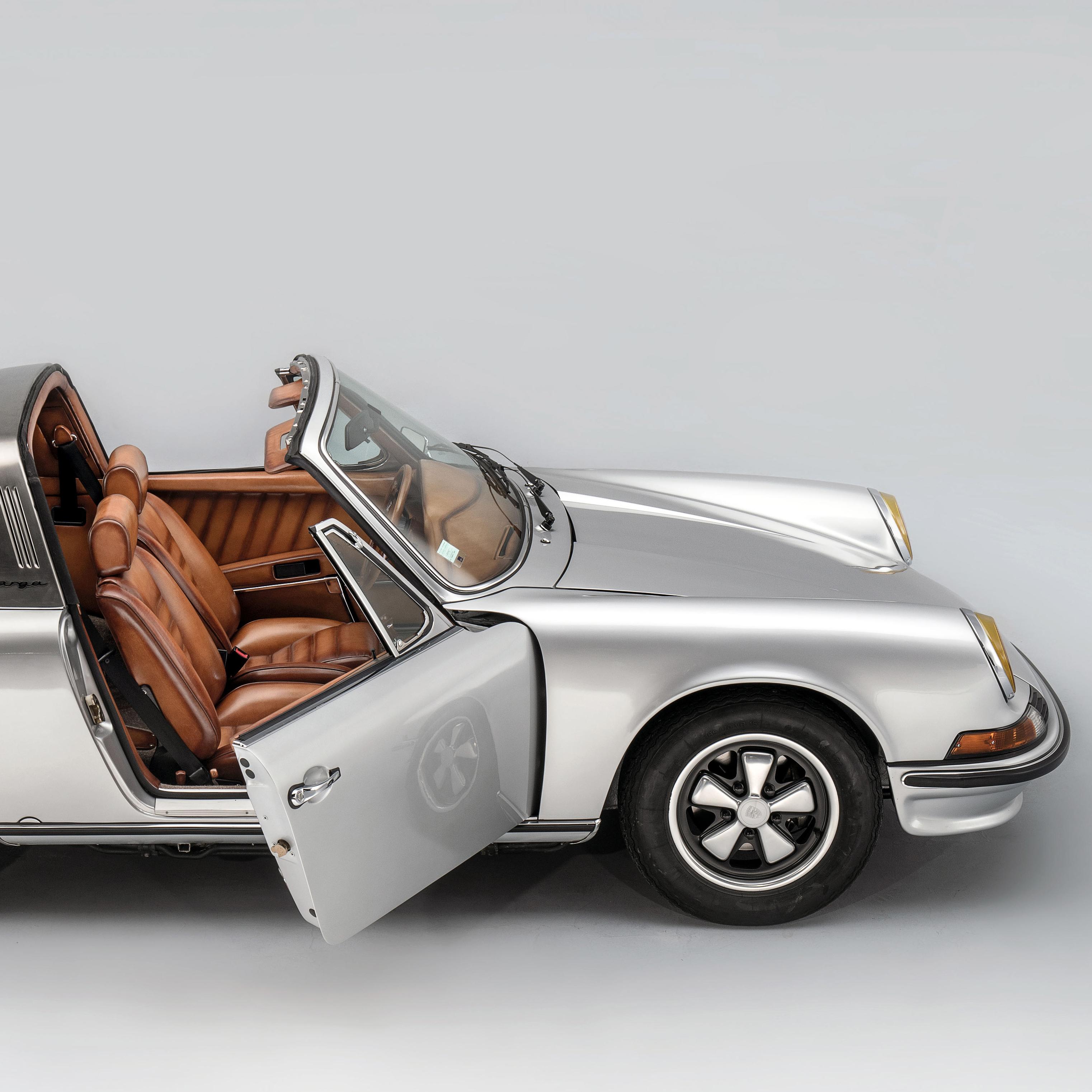 本周時尚聚焦─Berluti定製版保時捷「911 TARGA 2.4L S」車款