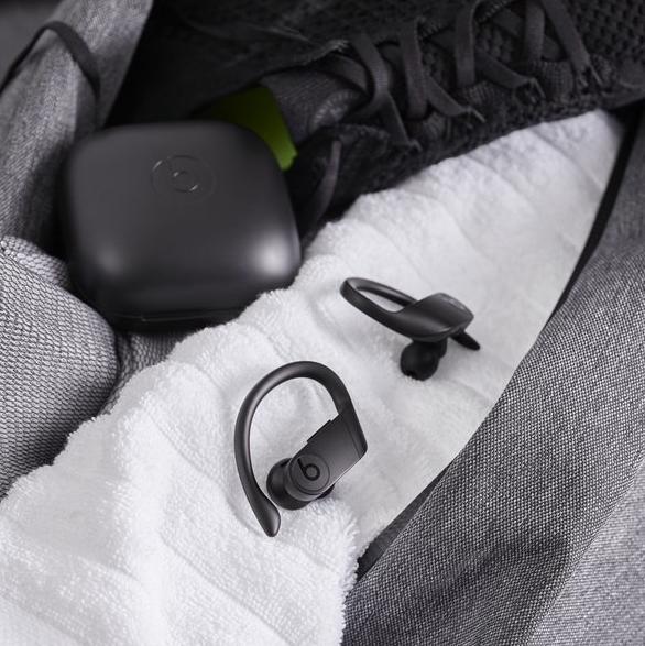 Beats Powerbeats Pro超有型!配Apple H1芯片隨時Hey Siri!