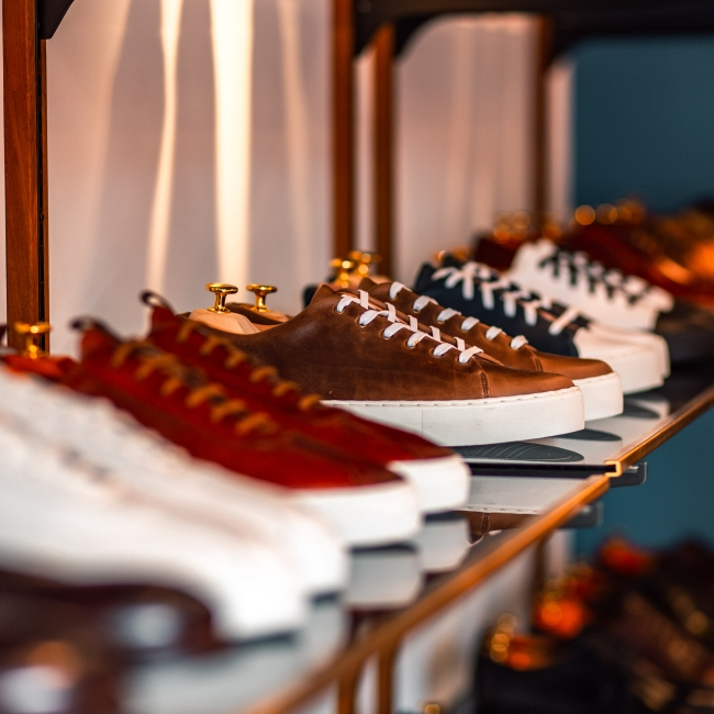 <p>鞋櫃總是缺ㄧ雙純英國製造的紳士鞋?Mr. Manners 紳士鞋選品店富錦商圈正式開幕</p>