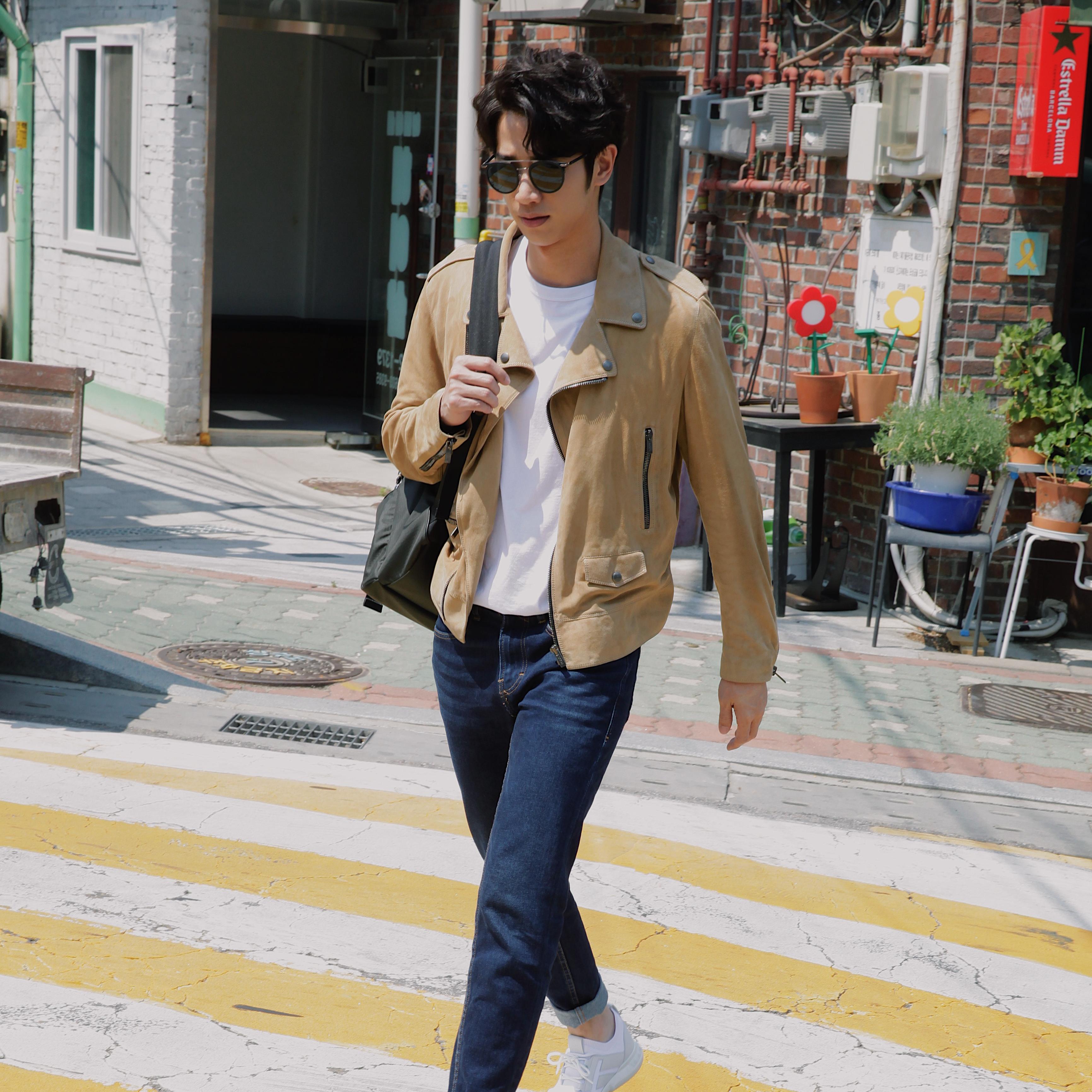 迷人義式風範─「國民暖男」劉以豪著 TOD'S No_Code #02 男鞋漫步首爾街頭