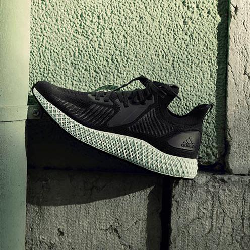 塑料回收,嶄新登場─adidas全新「ALPHAEDGE 4D」跑鞋