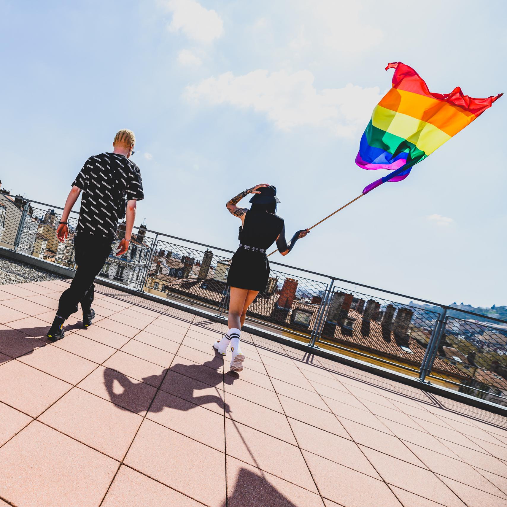 以「彩虹」為名─平權主題單品統整