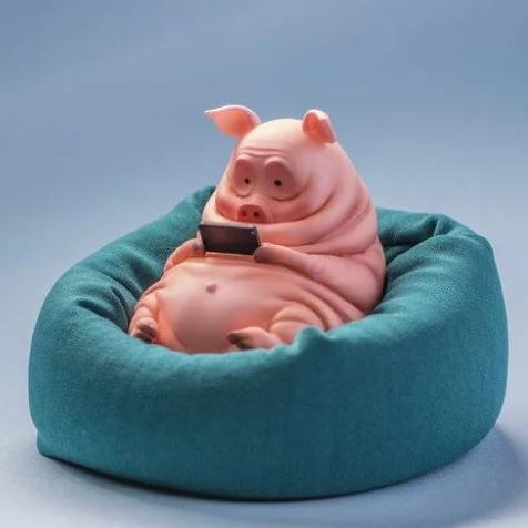別再滑了!動物化身「懶東西」窩在沙發上滑手機的樣子簡直就是你的假日寫照!