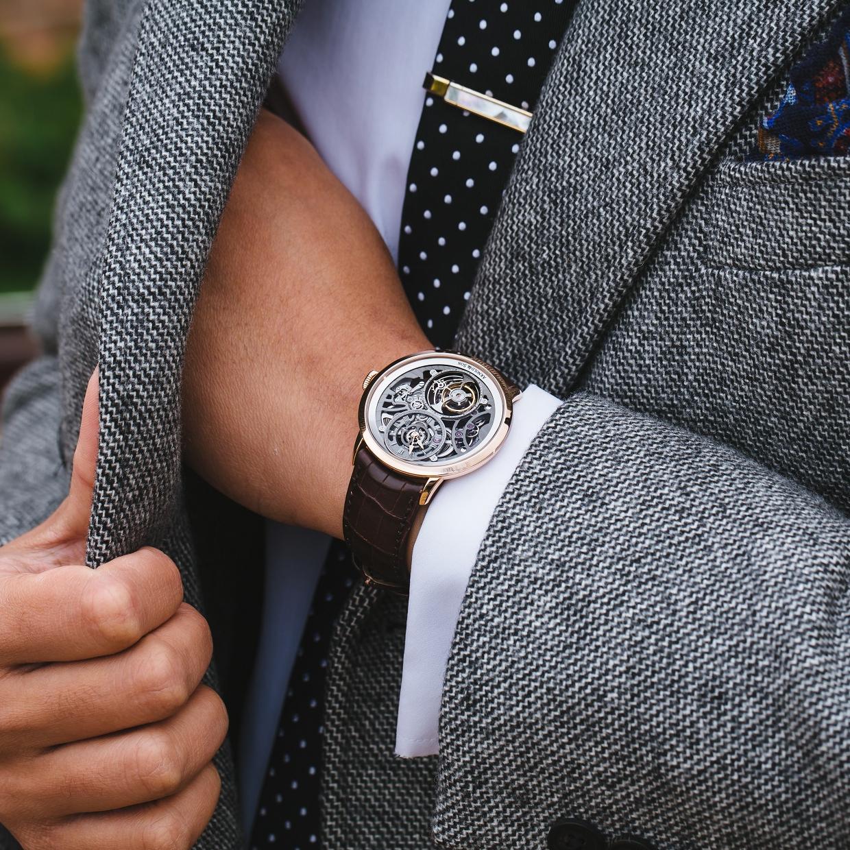 陀飛輪界的貝克漢─Arnold & Son 鏤空陀飛輪腕錶