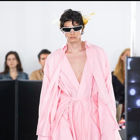 夢幻般的浪人意象─LOEWE 2020 春夏男裝秀