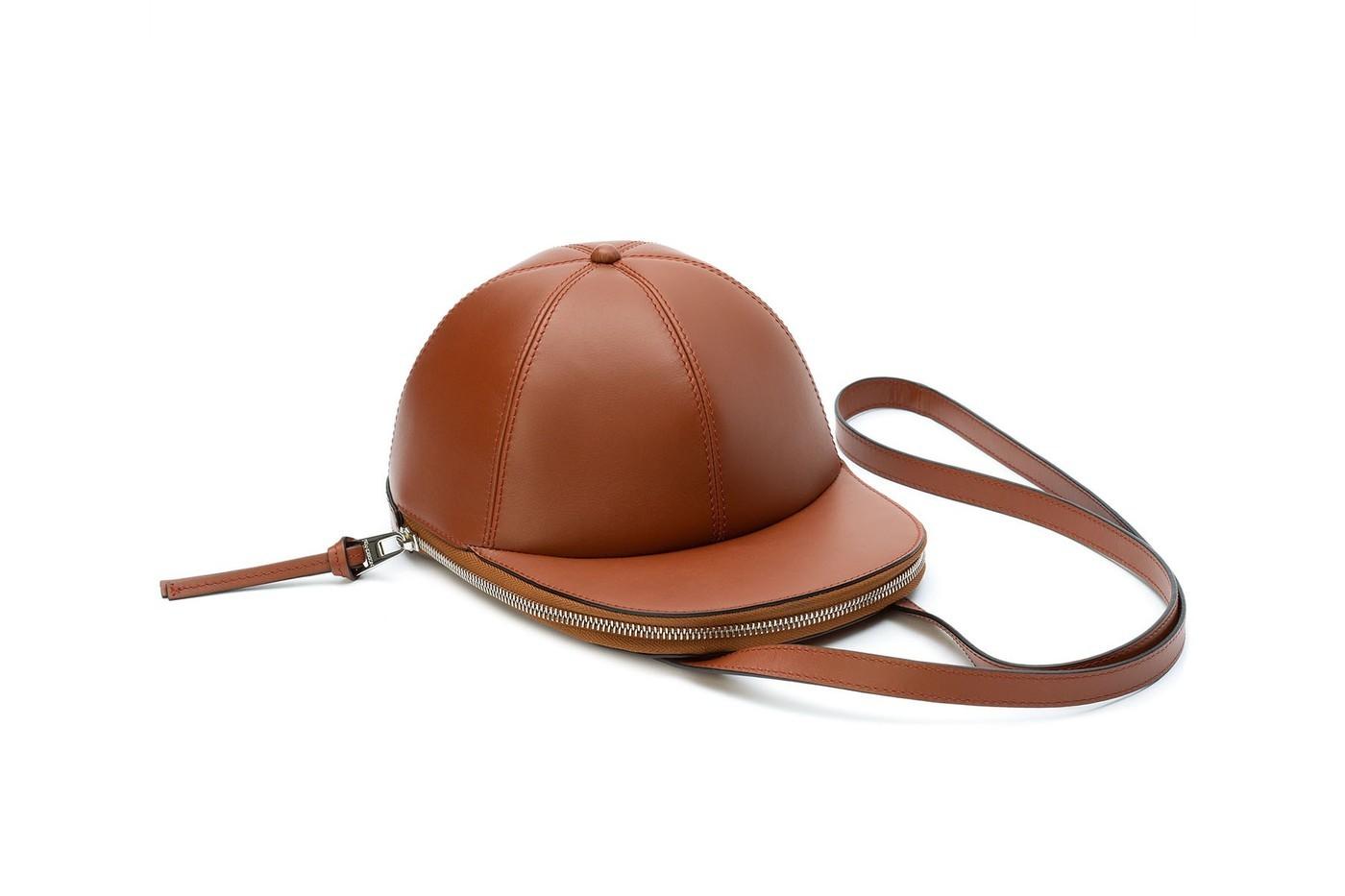 本周矚目單品─JW Anderson「棒球帽」包袋系列