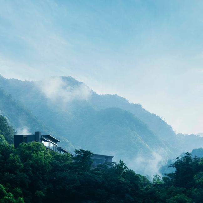 一晚破萬,只有 50 間套房!4 大特色讓「虹夕諾雅 谷關」一躍成為中台灣備受矚目奢華溫泉飯店