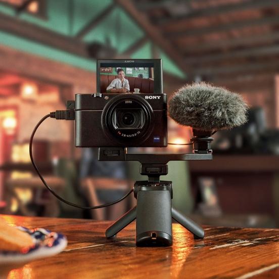 24-200mm 全方位變焦、全球最快 0.02 秒自動對焦!Sony 超人氣旗艦隨身機系列推出最新第七代成員 RX100 VII