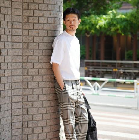 懂配色才時髦!日本男士的素 Tee 搭配秘訣學起來就對了