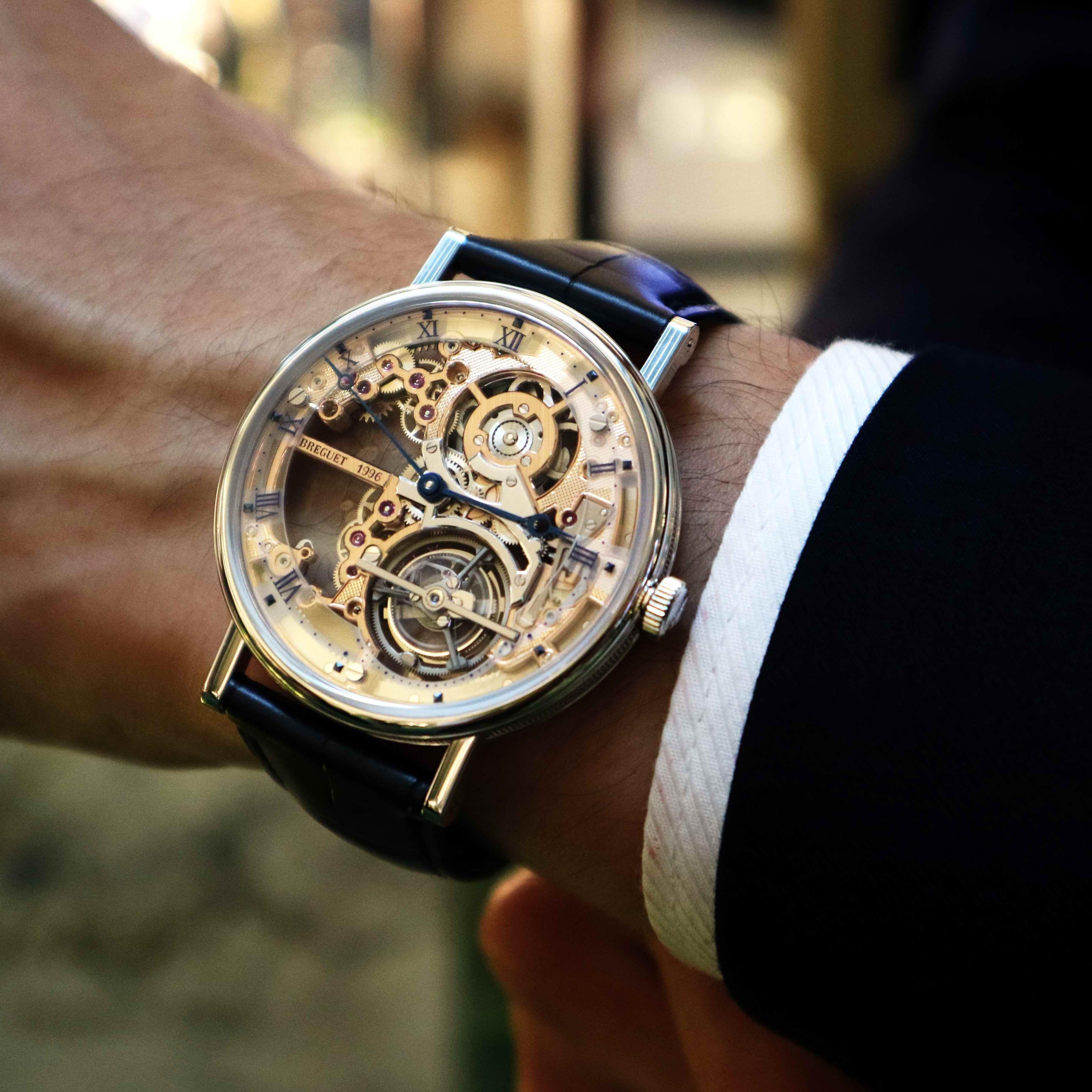 寶璣「CLASSIQUE 5395」經典系列超薄鏤空陀飛輪腕錶