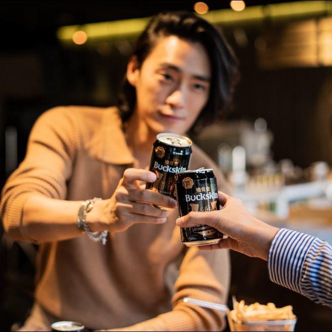 品嚐著美食、暢飲著啤酒,成為最佳的生活調劑!「柏克金」每一個人都有個暢飲啤酒的理由