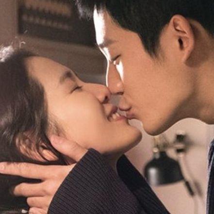 接吻越多越愛得長久!初吻比初夜更深刻!