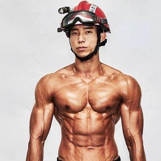 韓國也出2020消防員月曆!亞洲男性激素大爆發!