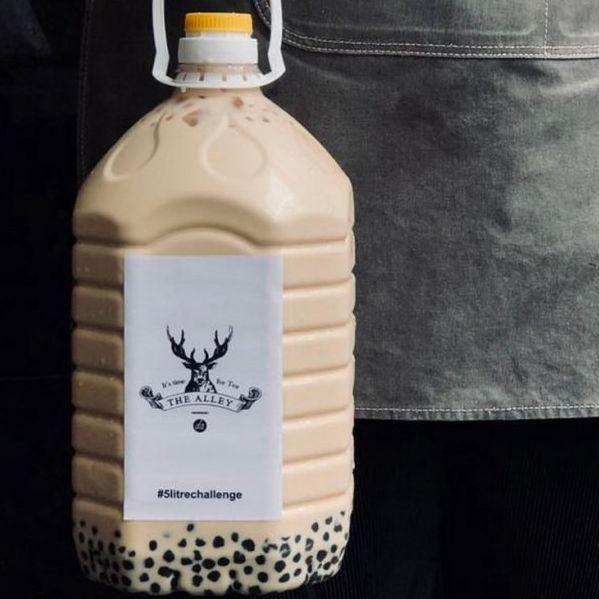 馬來西亞推出超級珍珠奶茶!5公升量一次喝到飽!