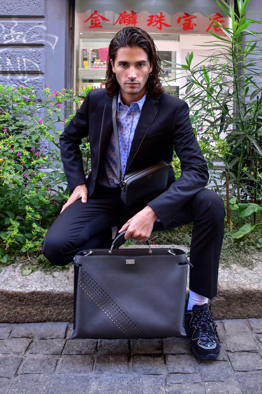 FENDI推出「Selleria Degradé Stitching」系列包款