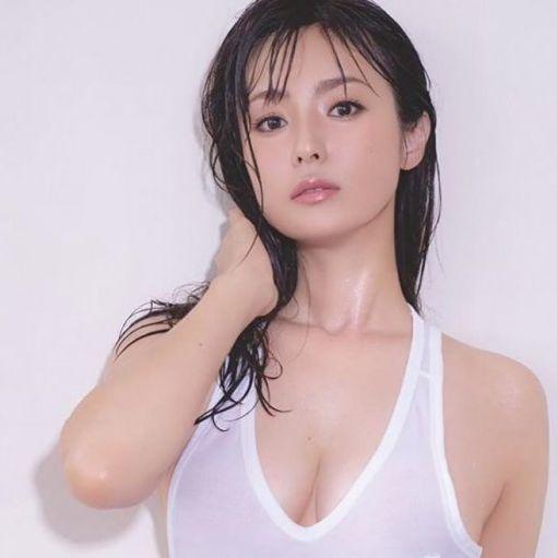 日本網友票選30歲後最美女星!新垣結衣第三、深田恭子第二!