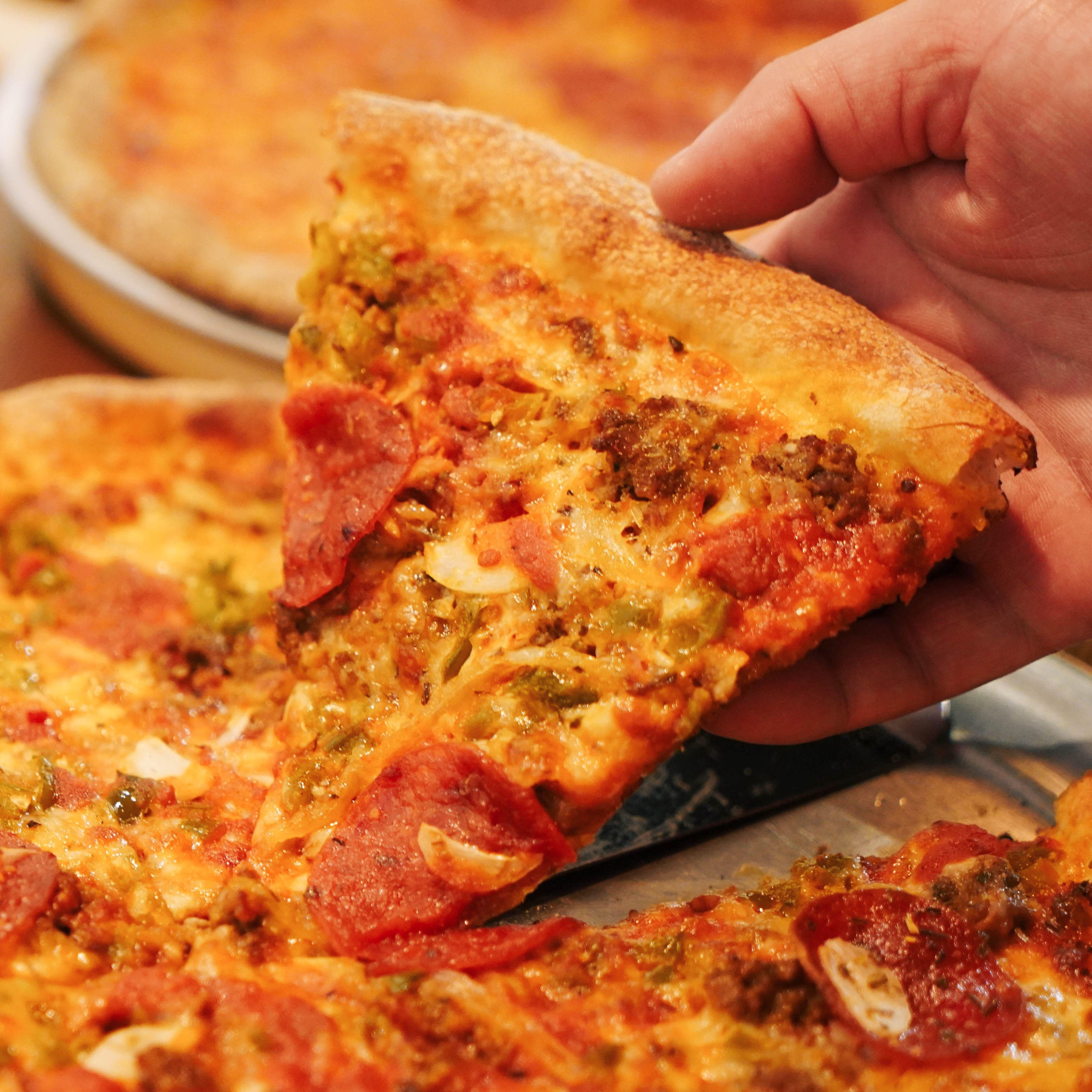 現點現做,讓你一口都停不下來!道地紐約口味「波利斯美式窯烤披薩」正式來台展店